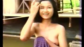 เสียวหี เล้าโลม เย็ด เปิดบริสุทธิ์เด็กไทย เปิดซิงเด็กไทย