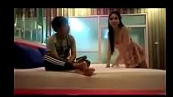 เย็ดในม่านรูด หลุดโป๊ หลุดเสียว หลุดเสียงไทย หลุดวัยรุ่น