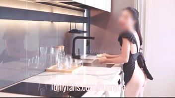 โป๊หลุด เย็ดในครัว เย็ดคาชุดเมด หลุดเสียว หลุดเสียงไทย